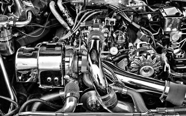 Dlaczego warto myć silnik
